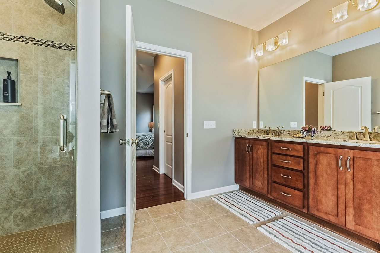 Ask Any Professional Home Remodeler And He Ll Tell You That Kitchens Bathrooms Are The Two Most Por Rooms To Remodel Some People Surprised