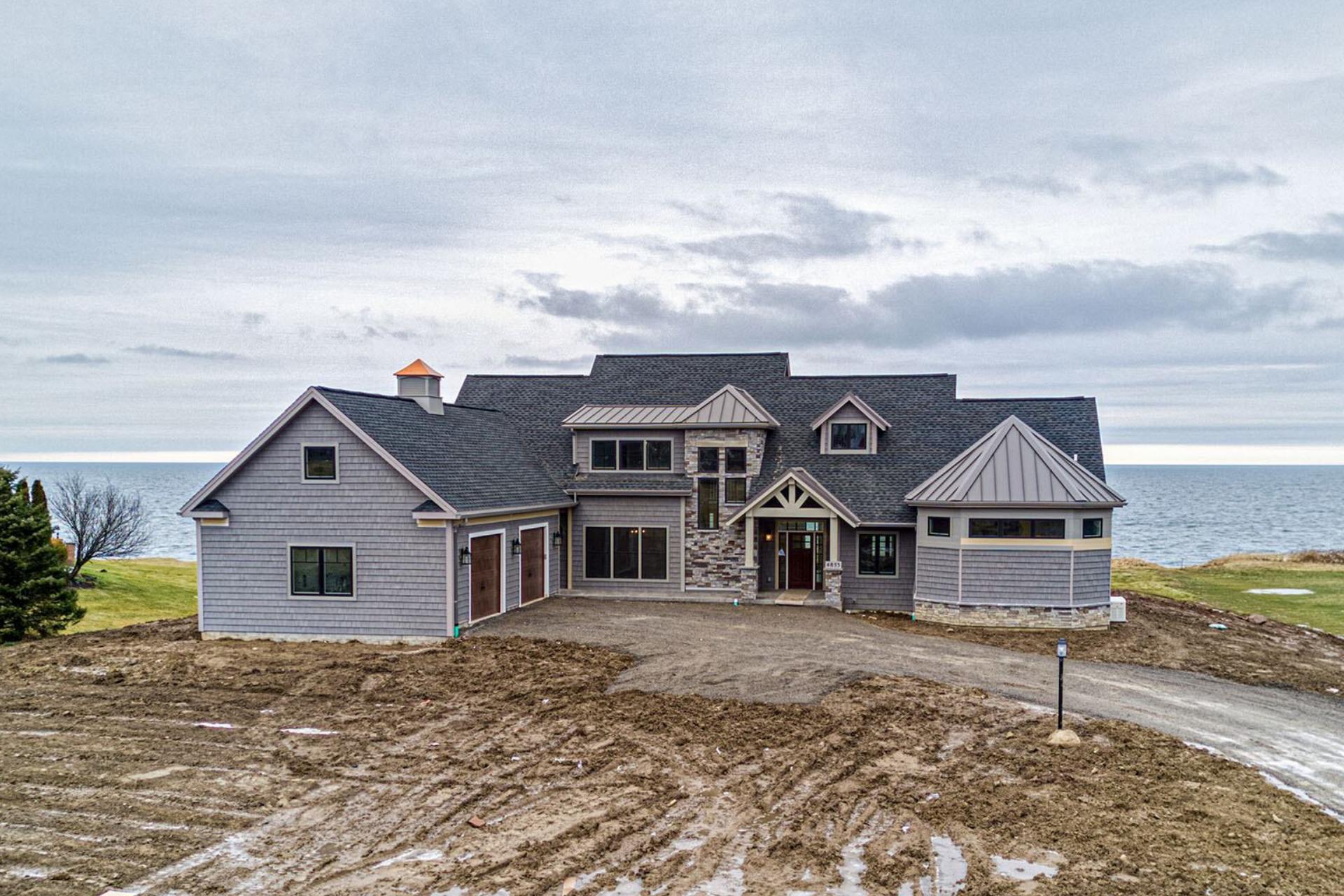 custom home built in canadaigua